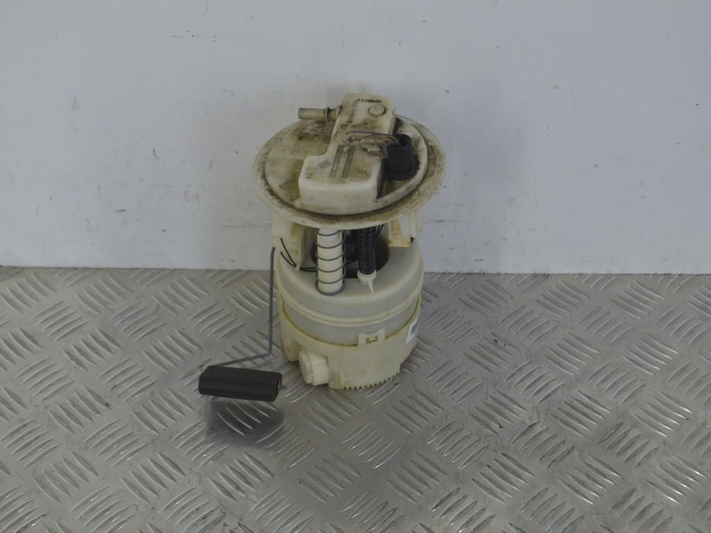 Насос топливный электрический (подкачка) Renault Clio 2 (1998-2005) 8200683207