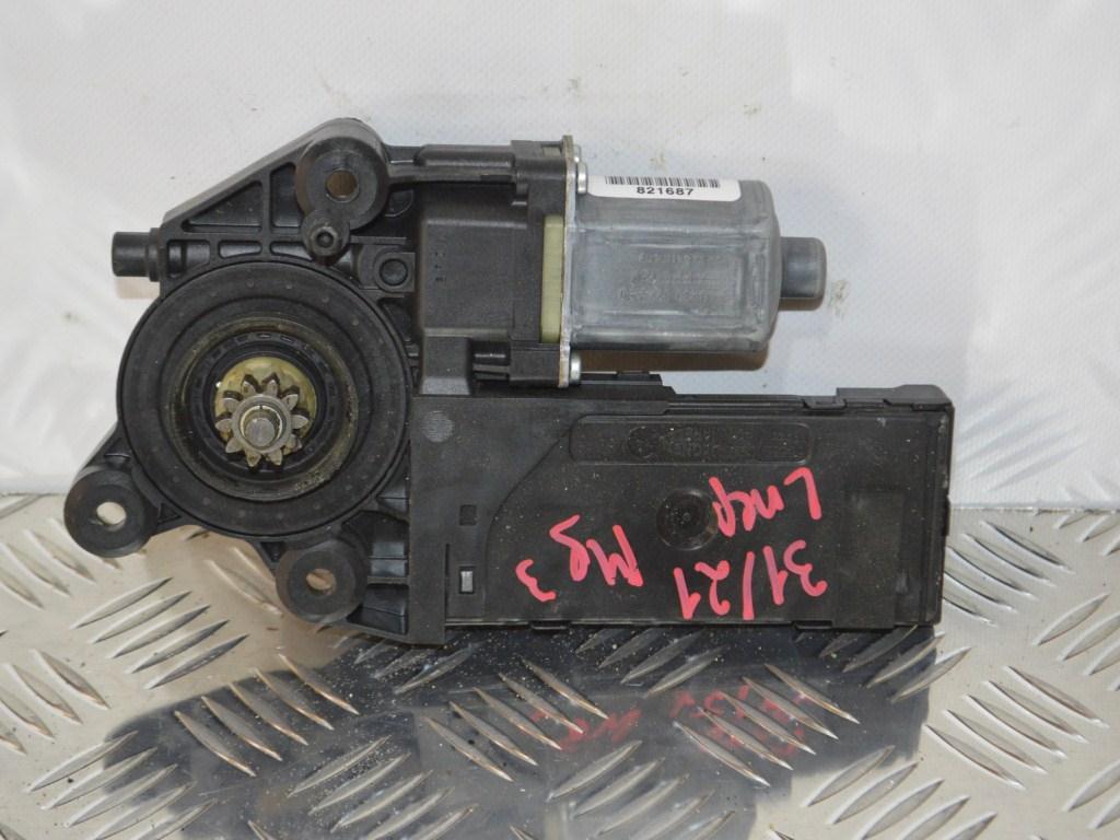 Моторчик стеклоподъемника передний левый Renault Megane 3 (2008-2019) 807315510R, 0130822479