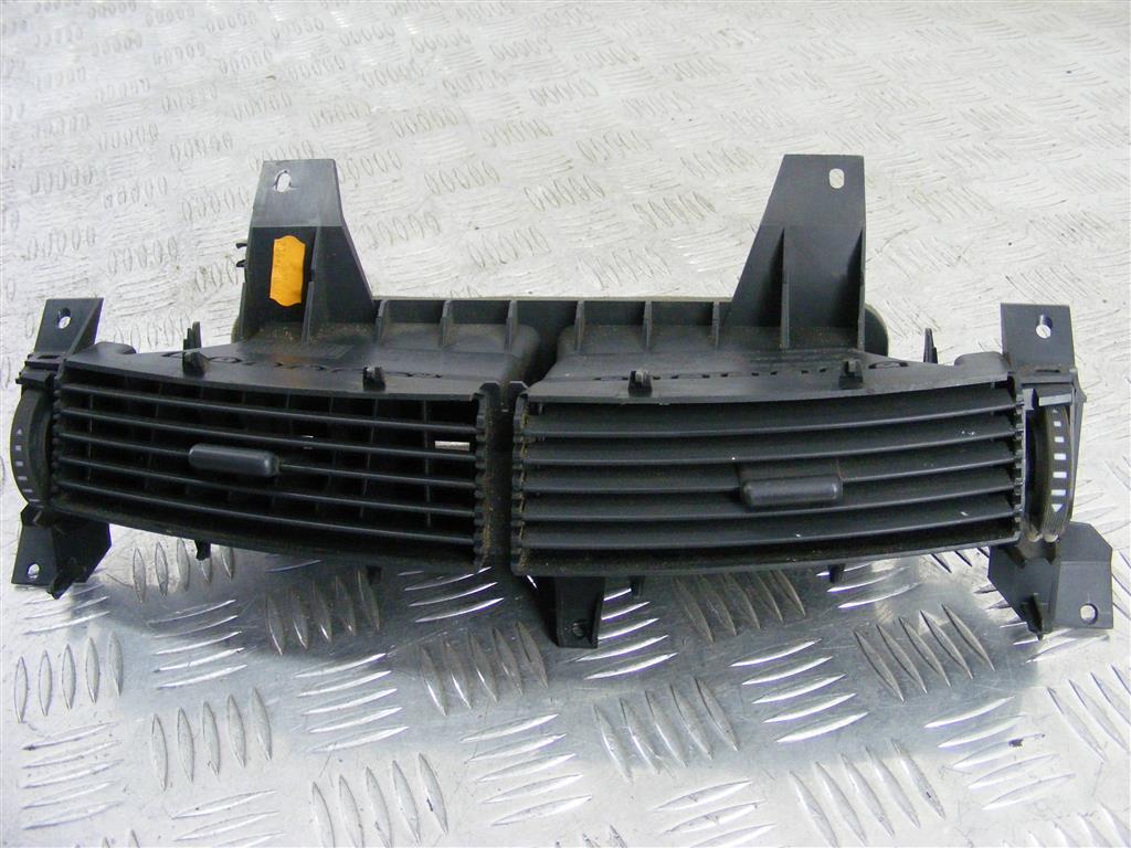 Дефлектор обдува салона Renault Espace 4 226443