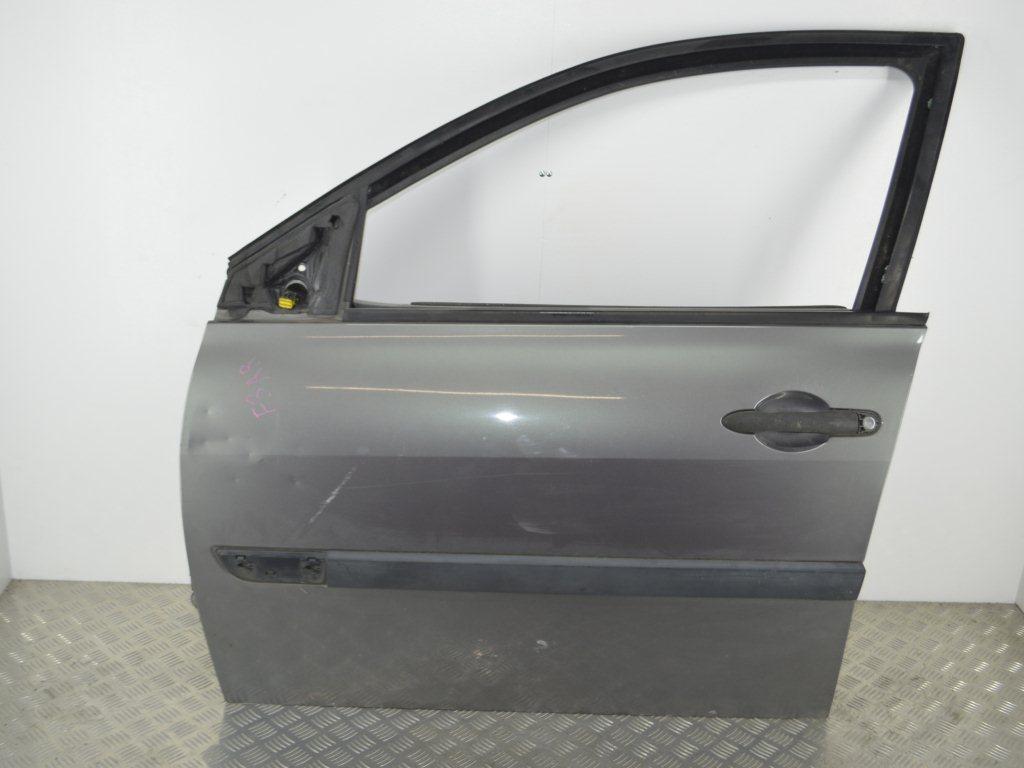 Дверь передняя левая Renault Megane 2 (2002-2008)